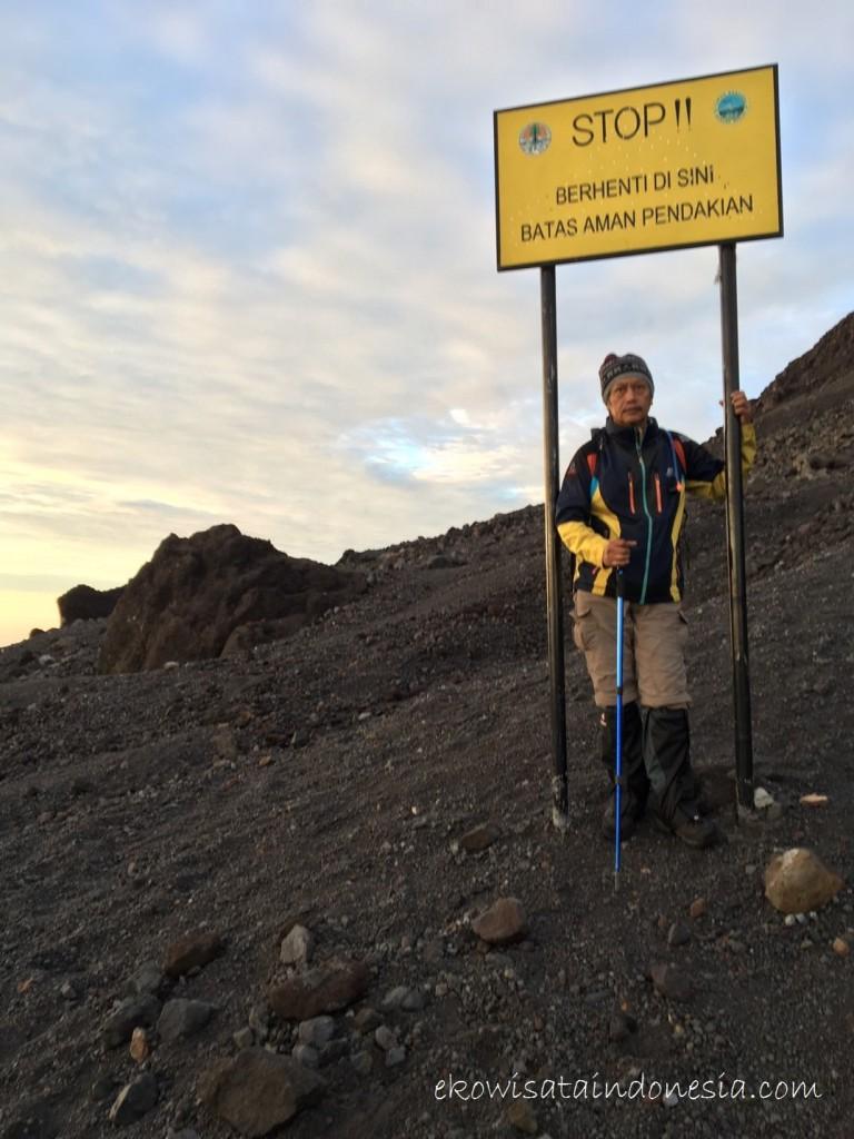 Batas Aman Pendakian Gunung Merapi